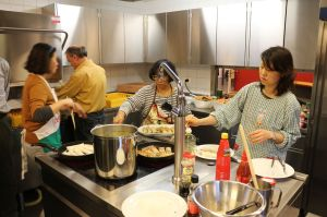 Peking suppe und Frühlingsrollen